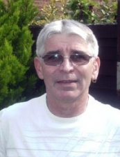 alan 64 y.o. from UK