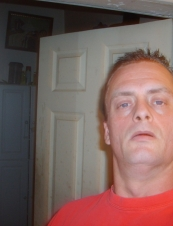 dustin 45 y.o. from USA