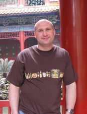 Matthew 44 y.o. from USA