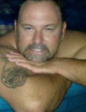 Patrick 49 y.o. from USA