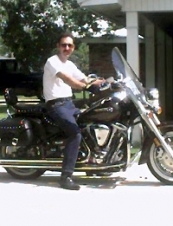 Perry 61 y.o. from USA