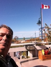 Robert 57 y.o. from Canada