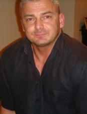 Steve 52 y.o. from UK