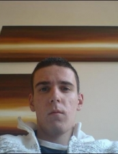 Chris 33 y.o. from UK