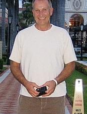 Dennis 60 y.o. from Canada
