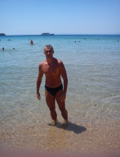 makis 51 y.o. from USA
