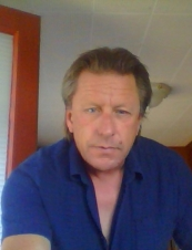mike 58 y.o. from Canada