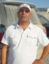nassir 58 y.o. from USA