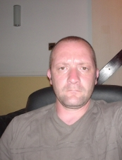 philip 49 y.o. from UK
