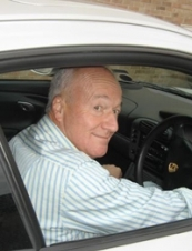 robert 76 y.o. from UK