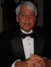 Tom 63 y.o. from USA