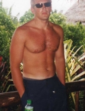 Victor 49 y.o. from USA