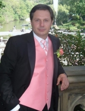 Vik 56 y.o. from USA
